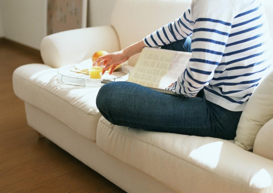 очистить мягкую мебель от пятен
