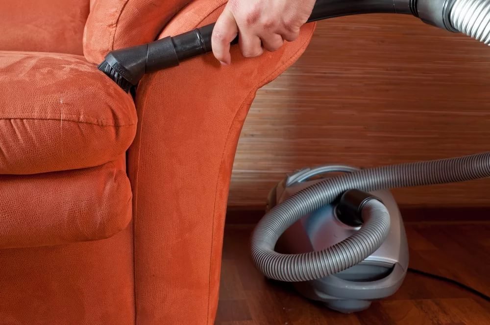 Химчистка мебели в домашних условиях своими руками
