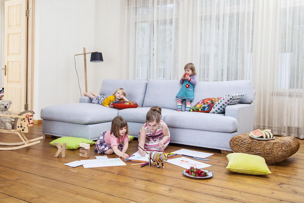 чистка дивана от мочи