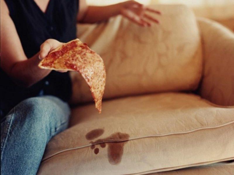 Вывести жирное пятно с дивана в домашних условиях 813