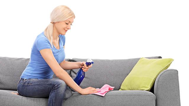 Удалить йод с мебели